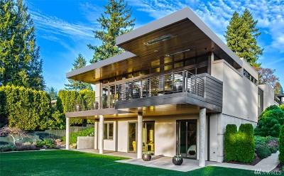 Medina Single Family Home For Sale: 8730 Overlake Dr W