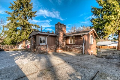 Seattle Single Family Home For Sale: 256 SW 118th St.