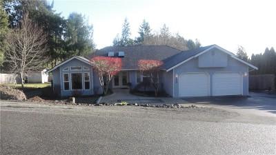 Single Family Home For Sale: 150 Hemlock Dr