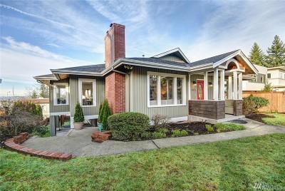 Kirkland Single Family Home For Sale: 1413 1st St