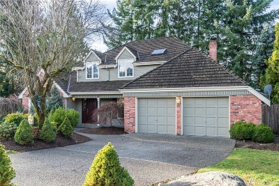 Issaquah Single Family Home For Sale: 4715 240th Ave SE
