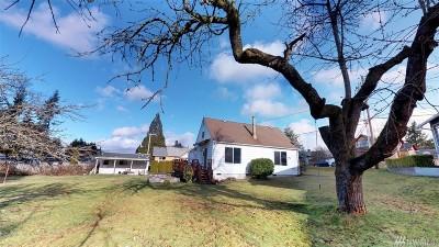 Everett Single Family Home For Sale: 7710 Rainier Dr