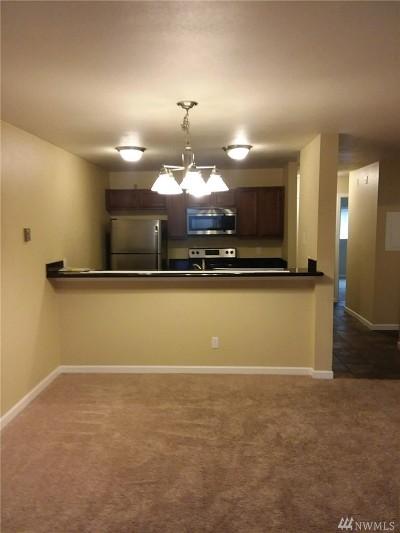 Burien Condo/Townhouse For Sale: 17431 Ambaum Blvd S #A13