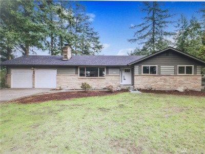 Olympia Single Family Home For Sale: 2808 Nisqually View Lp NE