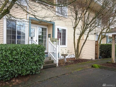 Burien Condo/Townhouse Contingent: 127 SW 154th St #106