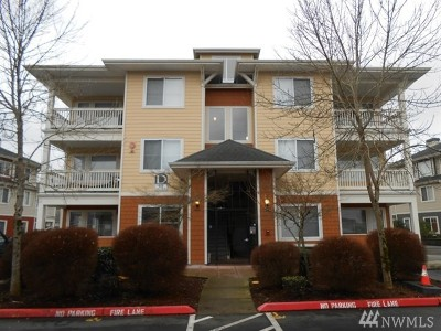 King County Condo/Townhouse For Sale: 525 225th Lane NE #D304