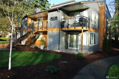 King County Rental For Rent: 10822 NE 148th Lane #J102
