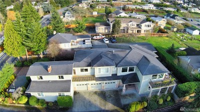 Edmonds Single Family Home For Sale: 1028 Puget Dr