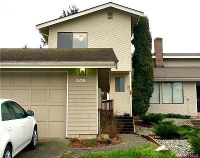 Mount Vernon, Burlington Single Family Home For Sale: 2218 Fulton St