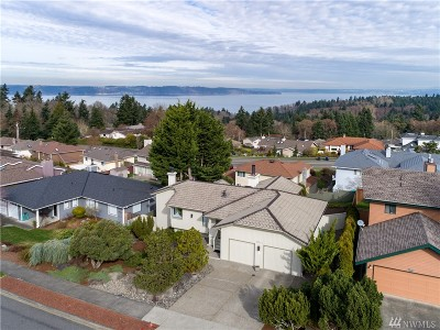 Tacoma Single Family Home For Sale: 1903 Overview Dr NE