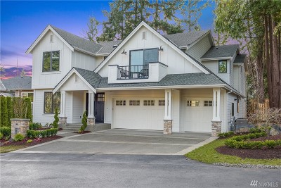 Bellevue Single Family Home For Sale: 10445 SE 14th St