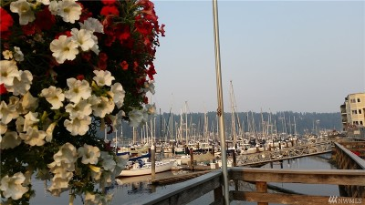 Gig Harbor Condo/Townhouse For Sale: 3901 Harborview Dr #B-12