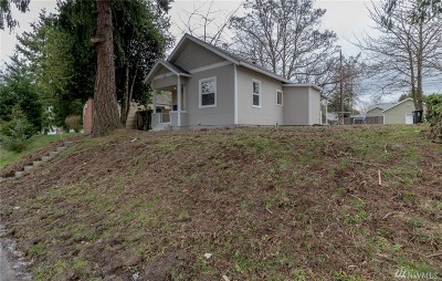 Tacoma WA Single Family Home For Sale: $215,000