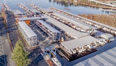 Bellevue Condo/Townhouse For Sale: 3911 Lake Washington Blvd SE #G16