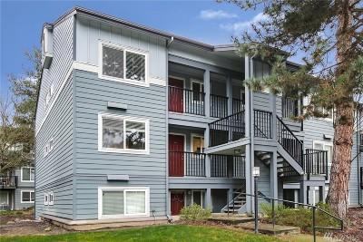 Kirkland Condo/Townhouse For Sale: 11113 NE 125th Lane #E217