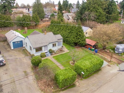 Seattle Single Family Home For Sale: 9220 37th Ave SW