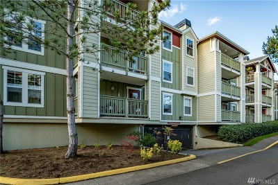 Kenmore Condo/Townhouse For Sale: 7711 NE 175th St #A-201