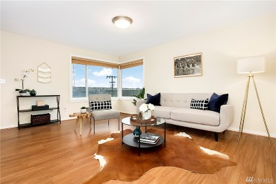 Condo/Townhouse Sold: 510 Lee St #7