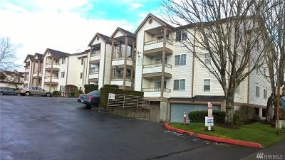 Renton Condo/Townhouse For Sale: 10824 SE 170th St #B107