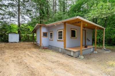 Maple Falls Single Family Home For Sale: 7983 Oregon Trail