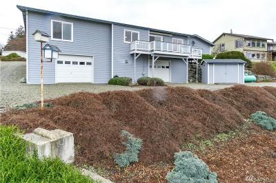 Coupeville Single Family Home For Sale: 568 Crockett Lake