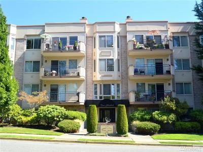 Condo/Townhouse Sold: 200 99th Ave NE #38
