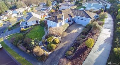 Tacoma Single Family Home For Sale: 1906 Dumas Cir NE