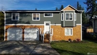 Maple Valley Single Family Home For Sale: 21322 SE 271st St