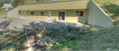 Thurston County Single Family Home For Sale: 18339 Bald Hill Rd SE Rd SE