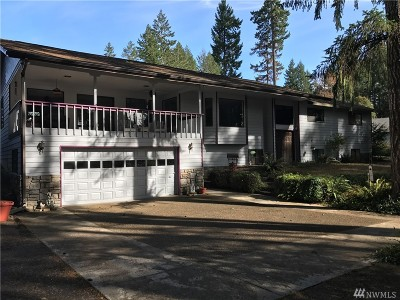 Shelton Single Family Home For Sale: 1591 E Island Lake Dr