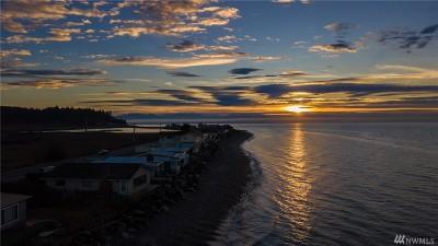 Oak Harbor Single Family Home For Sale: 2695 West Beach Rd