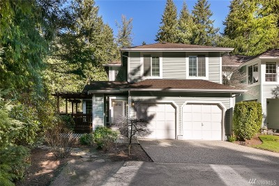 Bellevue Condo/Townhouse For Sale: 15779 Northup Wy