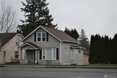 Everett Single Family Home For Sale: 38 Colby Ave