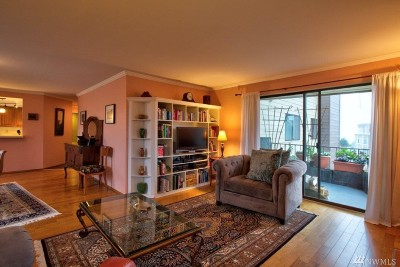 Condo/Townhouse Sold: 5000 California Ave SW #305