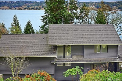 Bellevue Single Family Home For Sale: 902 170th Place SE