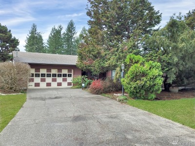 Spanaway Single Family Home For Sale: 22718 46th Ave E