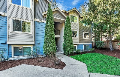King County Condo/Townhouse For Sale: 19418 Bothell Way NE #A204