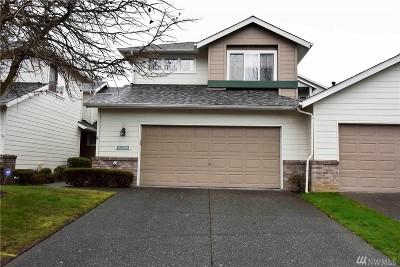 Lynnwood Condo/Townhouse For Sale: 4229 Stonebridge