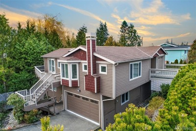 Edmonds Single Family Home For Sale: 210 8th Ave S