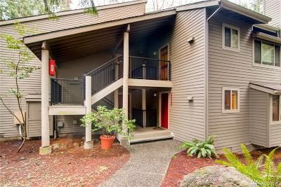 Redmond Condo/Townhouse For Sale: 14618 NE 81st St