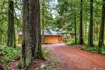 Issaquah Single Family Home For Sale: 13902 240th Ave SE