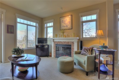 Seattle Condo/Townhouse For Sale: 6015 Phinney Ave N #205