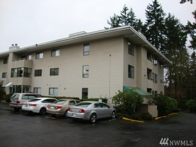 Lynnwood Condo/Townhouse For Sale: 18606 52nd Ave W #232