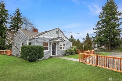 Everett Single Family Home For Sale: 6328 Berkshire Dr