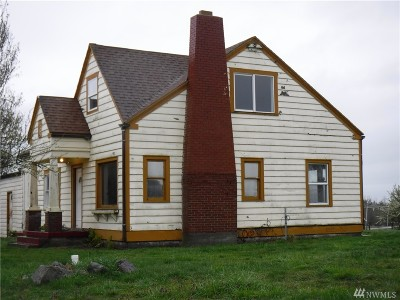 Oak Harbor Single Family Home For Sale: 1325 NW Crosby Rd NW