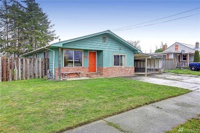 Oak Harbor Single Family Home For Sale: 288 NE Ernst St