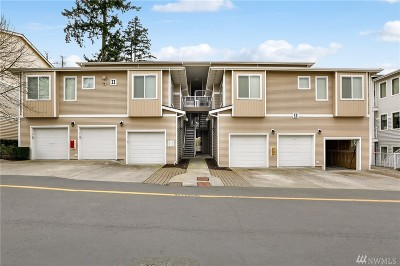 Bothell Condo/Townhouse For Sale: 14915 38th Dr SE #1034