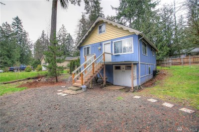 Mason County Single Family Home Pending Inspection: 130 E Hillcrest Dr