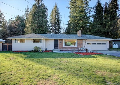 Skagit County Single Family Home For Sale: 10450 Sterling Rd