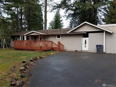 Allyn Single Family Home For Sale: 100 E Lakeland Wy